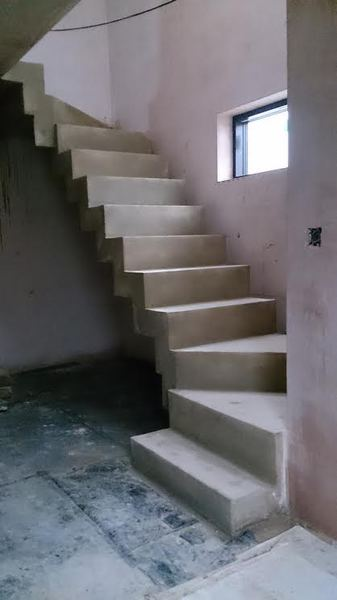 Stepped Soffit Concrete Stairs